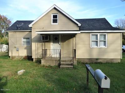 Carterville Single Family Home Active Contingent: 706 Crain Street