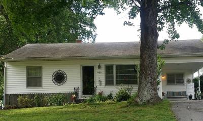 Vienna Single Family Home For Sale: 906 Hess