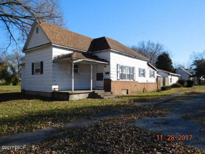 West Frankfort Single Family Home For Sale: 313 N Monroe
