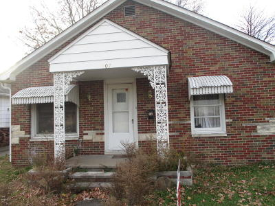 West Frankfort Single Family Home For Sale: 407 S Logan Street