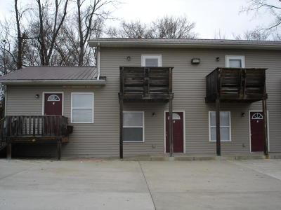 Carbondale Multi Family Home For Sale: 310 E College