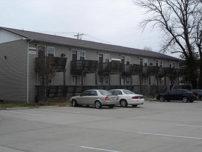 Carbondale Multi Family Home For Sale: 409 E Mill