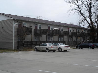 Carbondale Multi Family Home For Sale: 405 E Mill Street