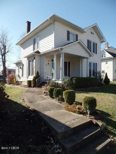 Harrisburg Single Family Home For Sale: 121 W Poplar Street