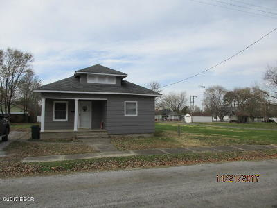 West Frankfort Single Family Home For Sale: 511 N Adams