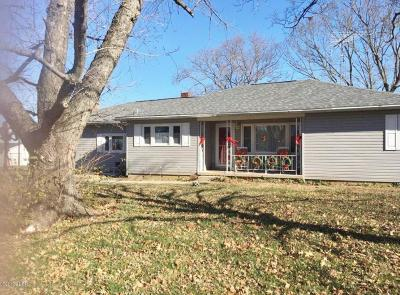 Saline County Single Family Home For Sale: 565 Feazel Road