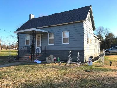 West Frankfort Single Family Home For Sale: 1208 E Cleveland Street