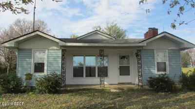 Hardin County Single Family Home For Sale: Box 72 A 3 Mile Creek Rd