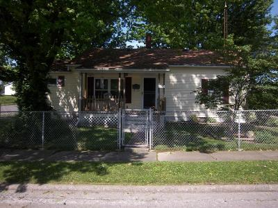 Johnston City Single Family Home For Sale: 1200 N Jefferson