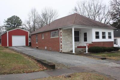 West Frankfort Single Family Home For Sale: 1108 E Elm