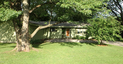 Saline County Single Family Home For Sale: 2410 Old Broughton Road
