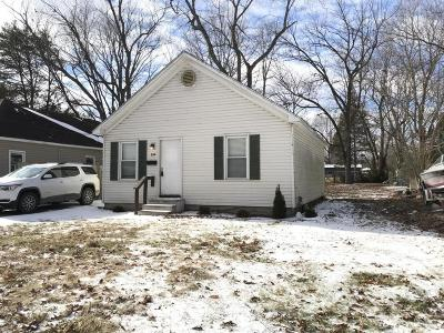 West Frankfort Single Family Home For Sale: 805 S McClelland Street