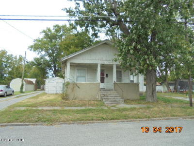 West Frankfort Single Family Home For Sale: 203 N Jackson