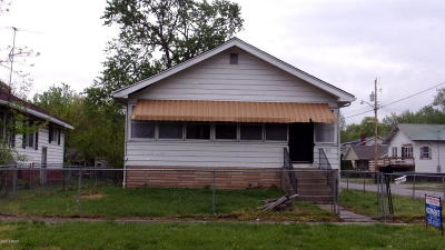Single Family Home For Sale: 800 N Main Street