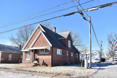 West Frankfort Single Family Home For Sale: 405 S Logan Street