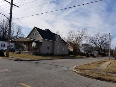 Harrisburg Single Family Home For Sale: 515 N Jackson