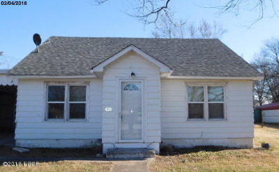 Gallatin County Single Family Home For Sale: 420 N McHenry