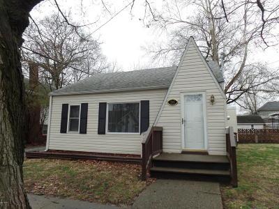 Single Family Home For Sale: 219 W Ogara Street
