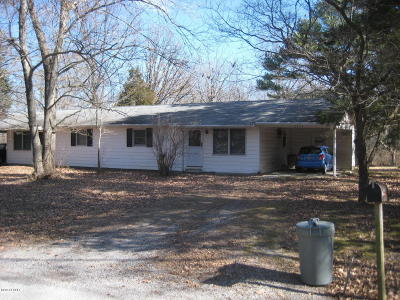 Carbondale Multi Family Home For Sale: 301 A&b S Hunt