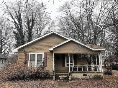 Benton Single Family Home For Sale: 412 W Reed