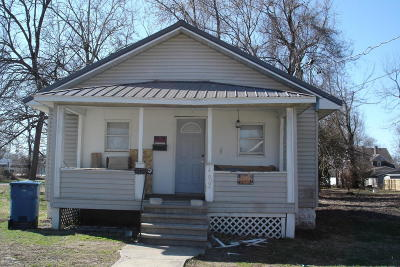Benton Single Family Home For Sale: 409 N Commercial