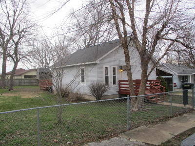 Benton Single Family Home For Sale: 1107 E Bond Street