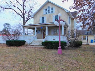Benton Single Family Home For Sale: 708 E Main Street