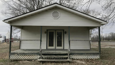 West Frankfort Single Family Home For Sale: 12217 Woody Road