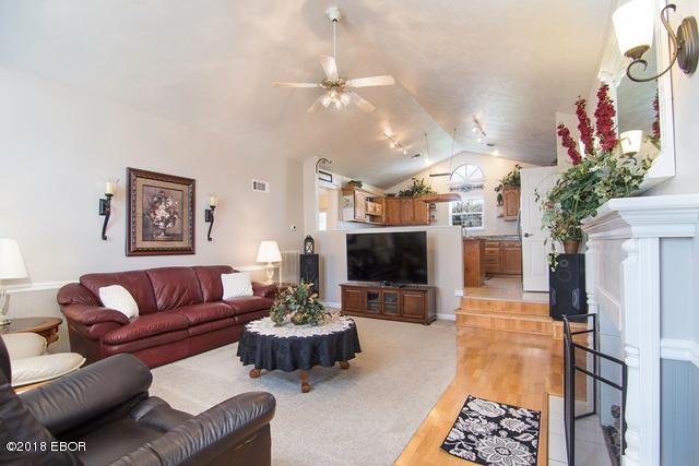 Listing: 1203 E 5th Street, West Frankfort, IL.| MLS# 419494 | House ...