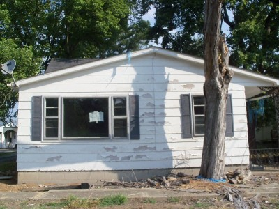 Carrier Mills IL Single Family Home For Sale: $14,900