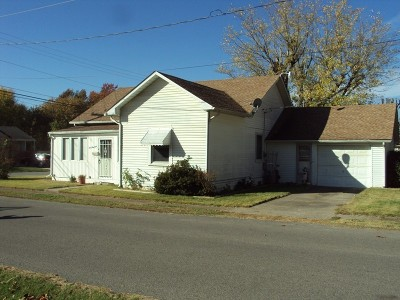 Marion IL Single Family Home Active Contingent: $55,000