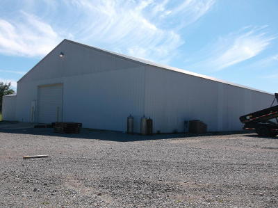 Harrisburg IL Commercial For Sale: $180,000