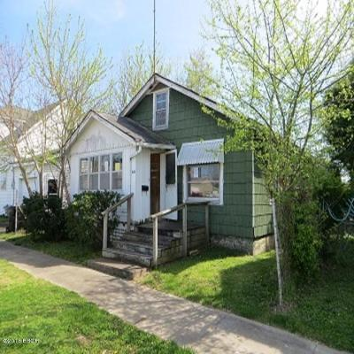 Metropolis Single Family Home For Sale: 304 W 7th Street