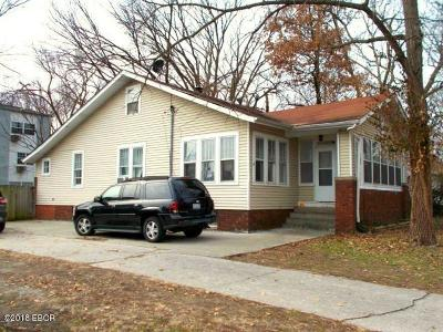 Carbondale Single Family Home Active Contingent: 703 W Cherry Street