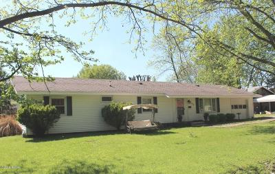 West Frankfort Single Family Home For Sale: 608 S Day Street