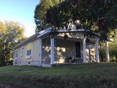 Cobden Single Family Home For Sale: 204 N Centennial Street