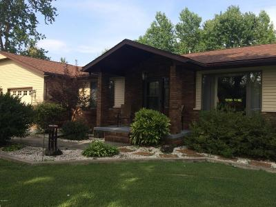 Benton Single Family Home For Sale: 10 Coach Lite Estates