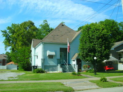 Harrisburg IL Single Family Home For Sale: $29,000