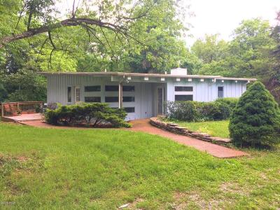 Carbondale Single Family Home Active Contingent: 2999 Country Club Road