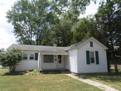 Benton Single Family Home For Sale: 805 1st Street