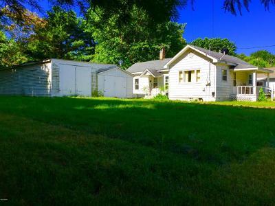 Benton Single Family Home Active Contingent: 1008 Gardner Street