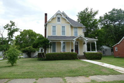 Massac County Single Family Home For Sale: 516 E 6th Street