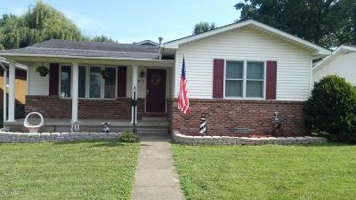 Harrisburg IL Single Family Home For Sale: $104,900