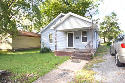 West Frankfort Single Family Home For Sale: 1405 W Oak Street