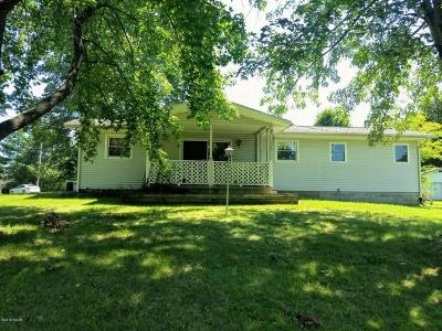 Creal Springs Single Family Home Active Contingent: 140 Sisk Road