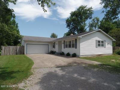 Marion IL Single Family Home For Sale: $129,900