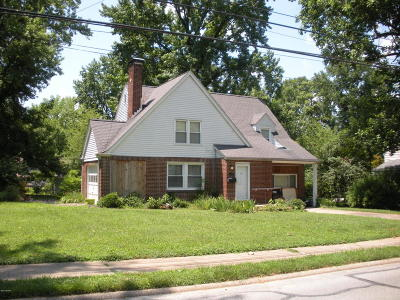 Carbondale Single Family Home For Sale: 810 S Oakland