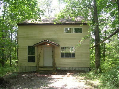 Johnson County Single Family Home For Sale: 495 Holland Lane