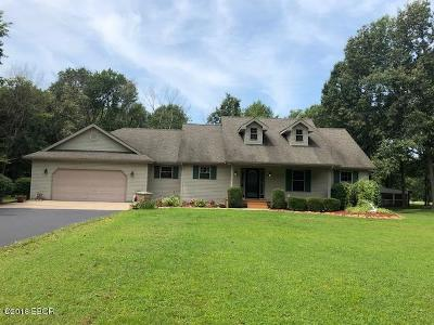Carbondale Single Family Home Active Contingent: 12151 Strawberry Road