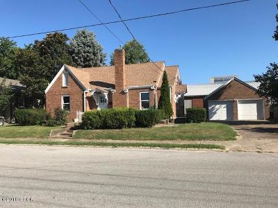 Benton Single Family Home For Sale: 207 E Church